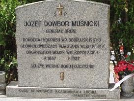 grób gen. J. Dowbor-Muśnickiego